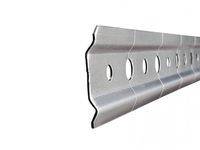Лайстна за кухненски шкафове с регулиране - 2 метра