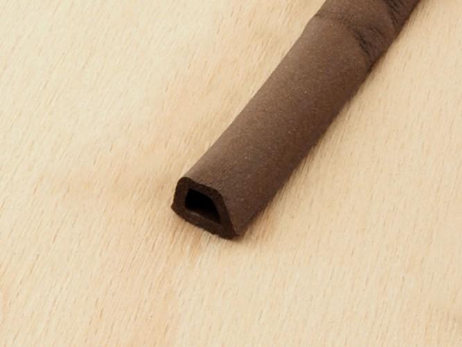 Уплътнителна лента за рамки на врати и прозорци Tytan D-профил - Кафяв